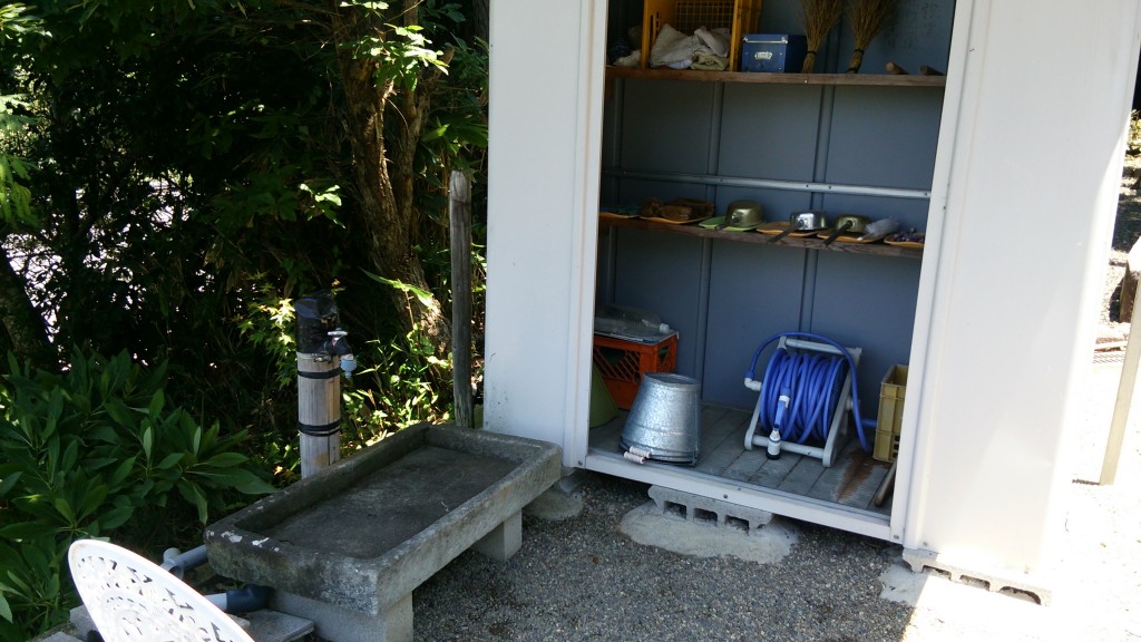 いつも整理された水汲み場です。