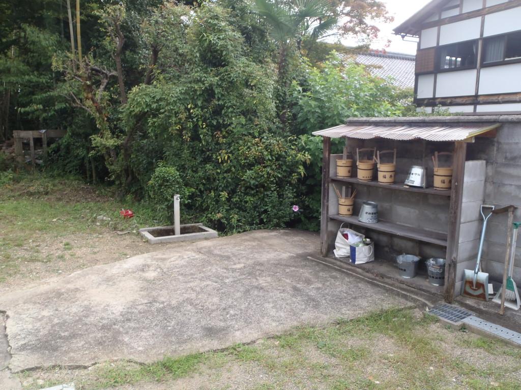 整理整頓された水汲み場