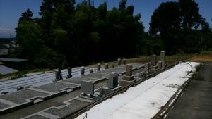 巻石が施工済みの空き墓地です