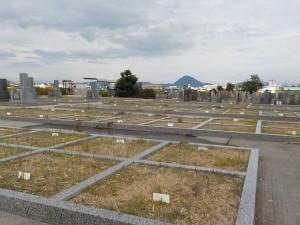 石田共同墓地 フラット設計でお参りが」しやすいです