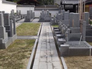 墓地内にある休憩所です