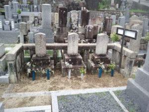 膳所烈士3名の墓